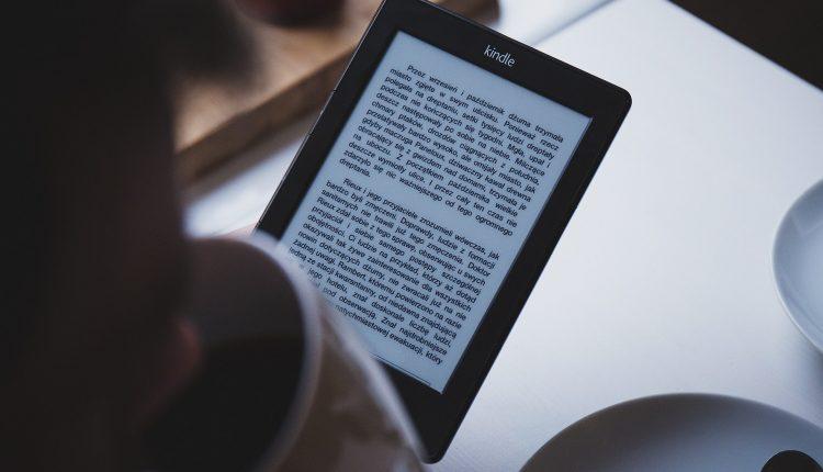 Leer en una computadora es más lento que en un libro