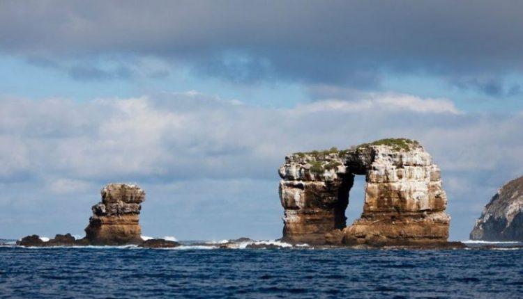 El arco de Darwin de las Galápagos se ha derrumbado