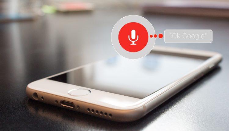 Google presuntamente habría aceptado grabar y escuchar a usuarios