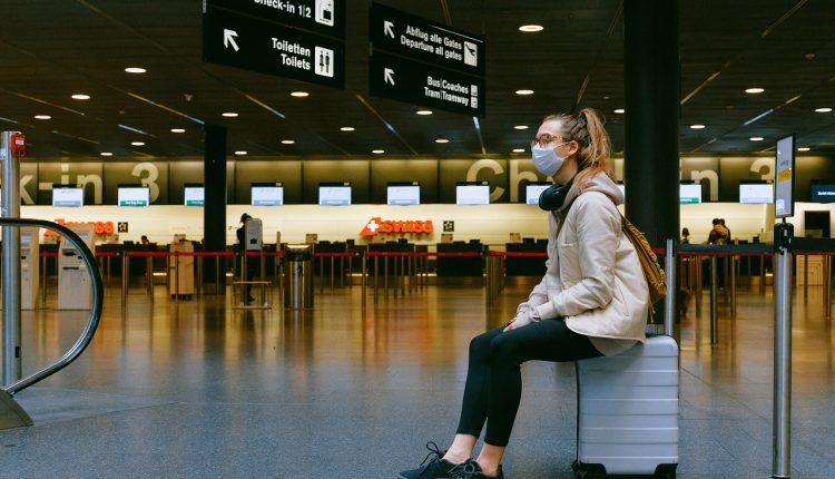 Consejos para minimizar riesgos en viaje de familia en pandemia