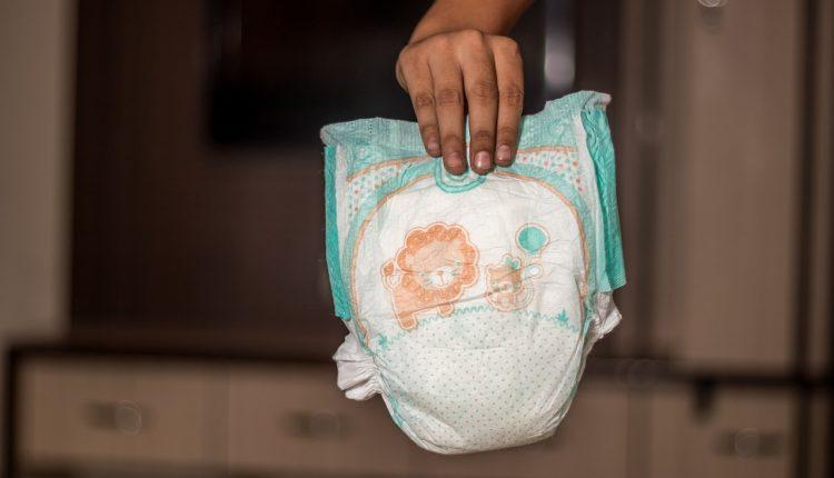 Los niños tienen más microplásticos en la popó que los adultos