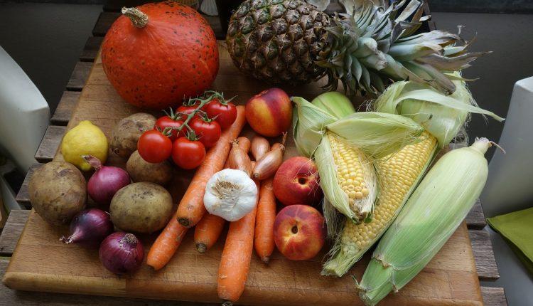 Consumir frutas y verduras pueden hacerte más feliz