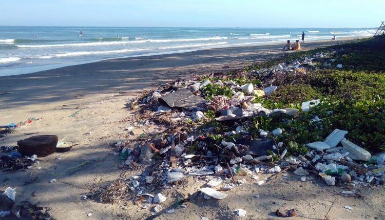 ¿Cuánto plástico hay en el mar Mediterráneo?